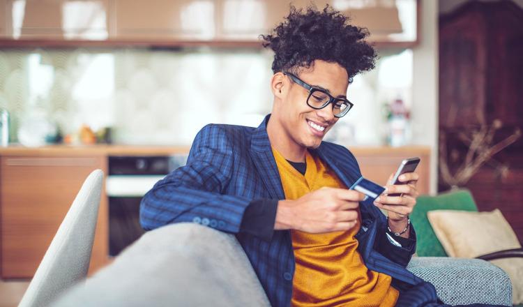 CREALOGIX-Studie: Mobile-only-Ansatz der Challenger-Banken wird für etablierte Institute zur Bedrohung